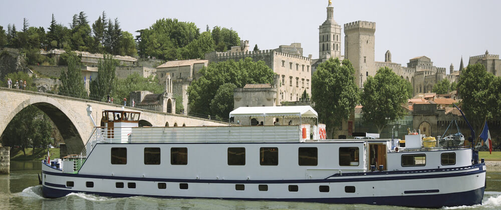 belmond-napoleon-luxury-barge