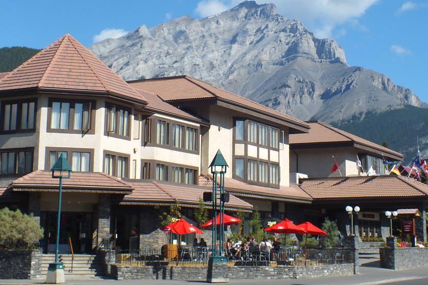 Banff-International-Hotel-Exterior-Patio