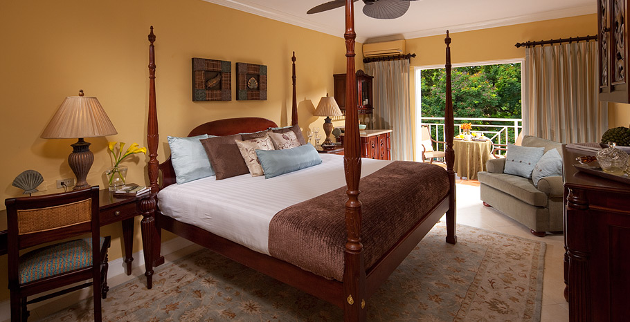 Sandals-Ochi-Beach-Jamaica-Luxury-Room