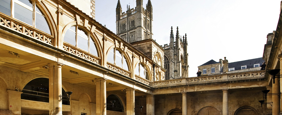 Historic-Bath-Day-Trip-Belmond-British-Pullman