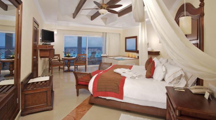 cancun-hyatt-zilara-hotel-ocean-front-junior-suite-king
