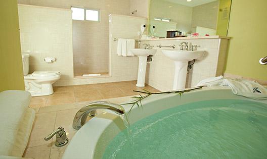 antigua-st-james-club-royal-suite-bathroom