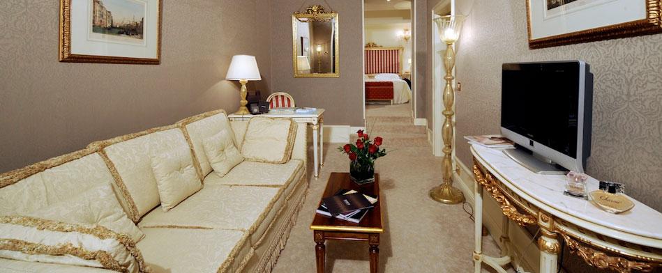 ca-sagredo-venetian-suites-lbox