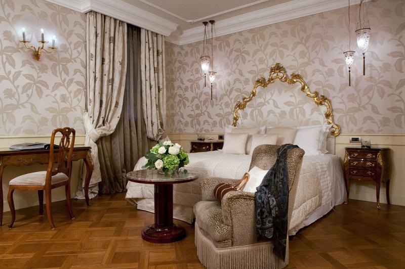 Venice_Luna_Baglioni_Deluxe_Room 800x532