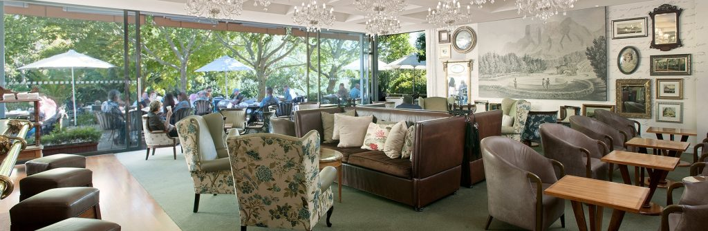 Vineyard Hotel Garden Lounge