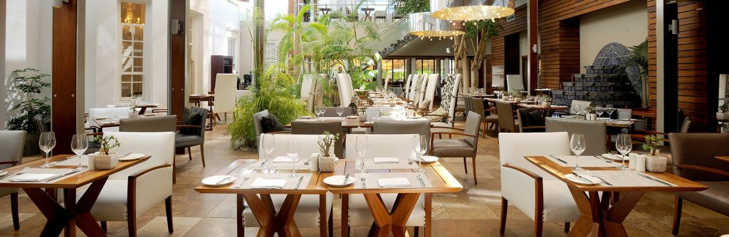 Vineyard Hotel Square Restaurant