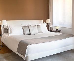 Aman-Venice-Palazzo-Bedroom