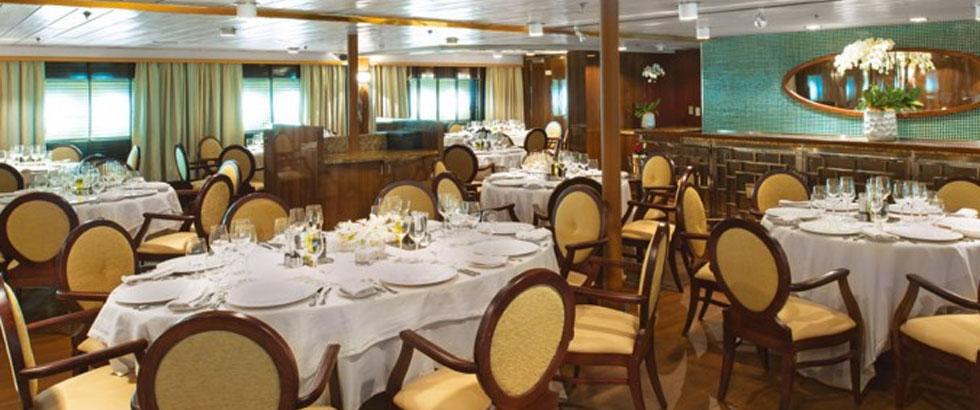 restaurant-large